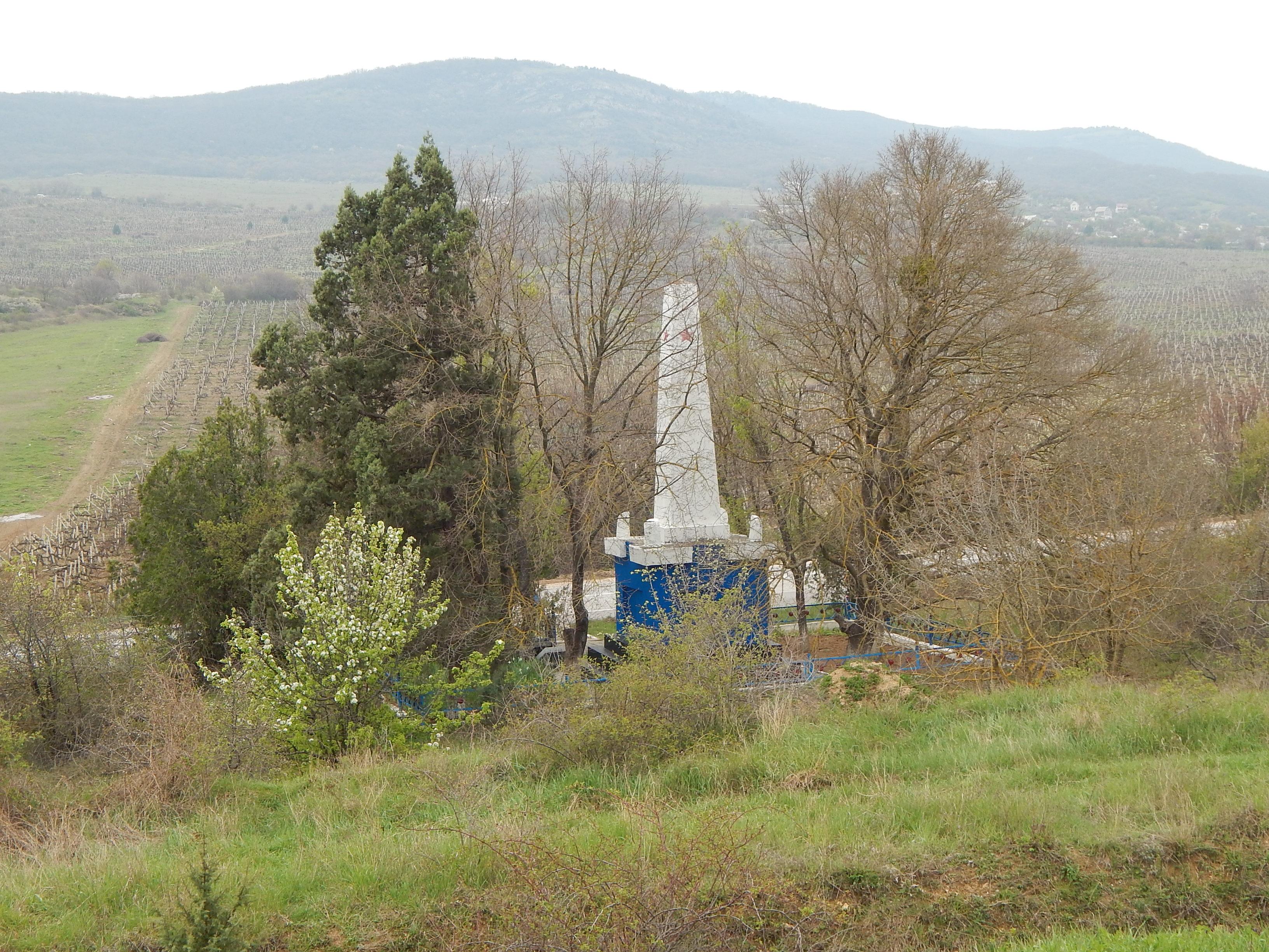 Вид кладбища со склона горы Гасфорта