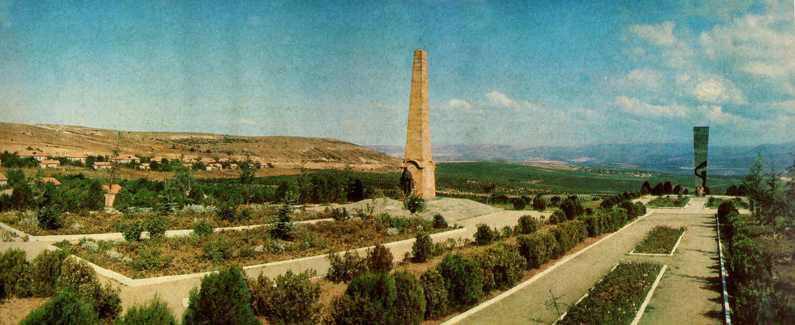 Памятники 414-й и 89-й СД, 1970г.