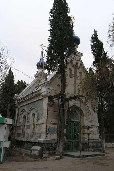 Старое здание церкви